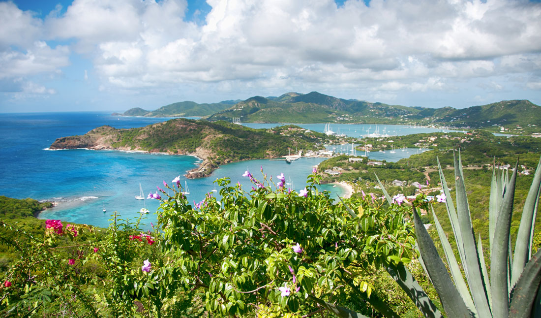 Falmouth Bay view fran Shirley Heights, Antigua